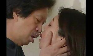 Japanese Yawning chasm French Kissing