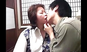 Oriental mommy receives nailed